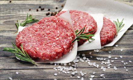Dia Mundial do Hambúrguer: aprenda a fazer o blend perfeito em casa