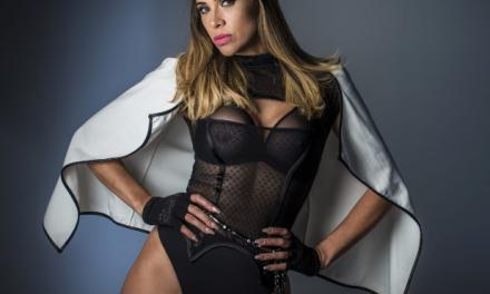 Única brasileira com 4 hits no Chart Dance da Billboard, Amannda faz show em Brasília