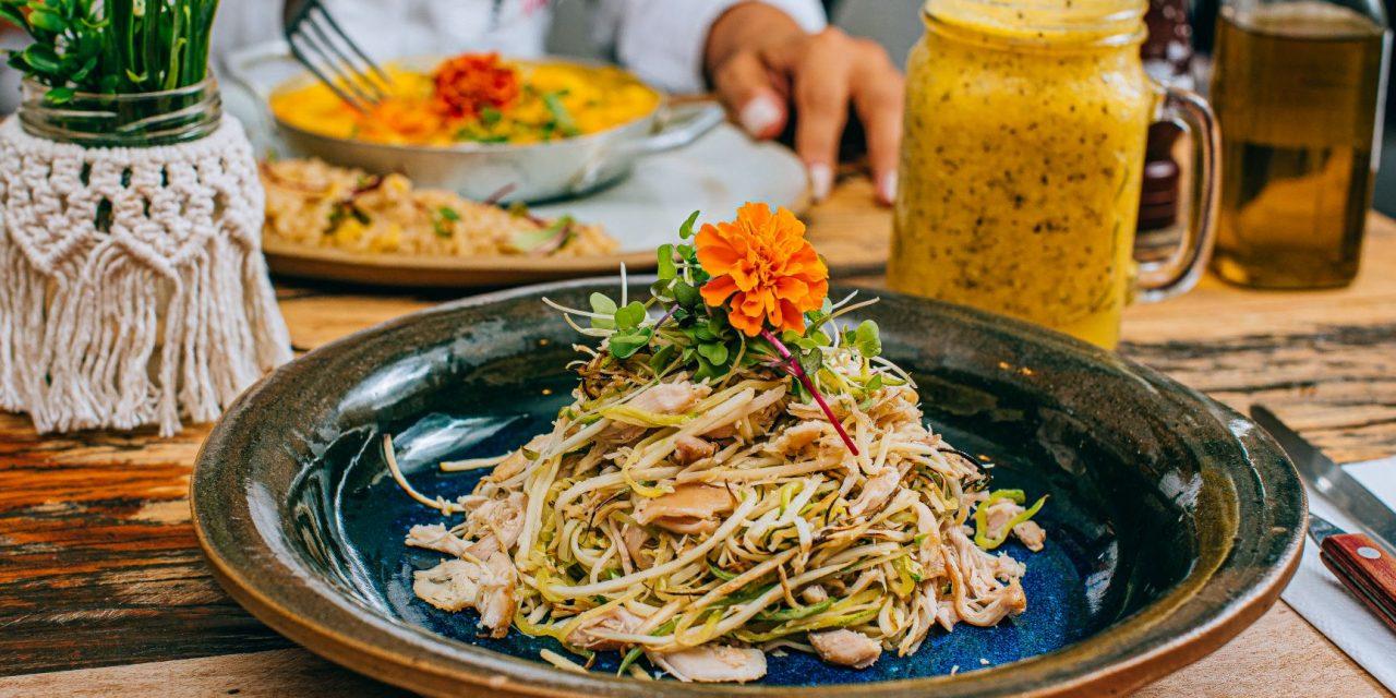 Casa Graviola lança delivery com menu executivo saudável