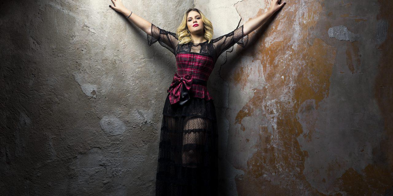 Live com Marília Mendonça no YouTube nesta quarta-feira