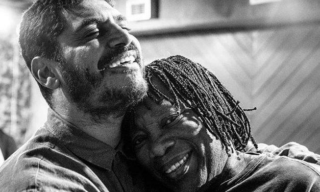 Milton Nascimento e Criolo se unem uma releitura da faixa Não Existe Amor em SP