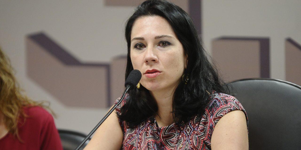 """Juíza Monize Marques ministra webinário """"Direito de ser idoso e Violência contra o idoso"""" nesta quinta-feira (9)"""