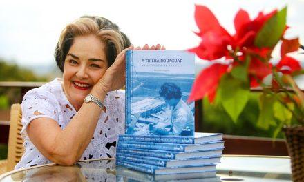 Mercedes Urquiza realiza noite de autógrafos no Seu Jambu-Cozinha Criativa