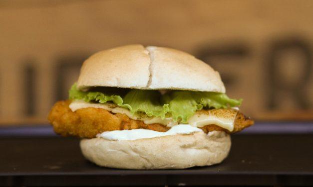 Novo hambúrguer da Ammo Burger vai agradar os amantes de frango