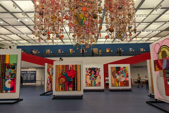 Beatriz Milhazes expõe no Itaú Cultural e no MASP