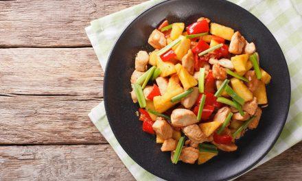 Frutas em refeições salgadas: combinação saborosa e nutritiva