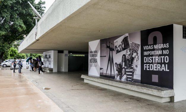 Exposição fotográfica sobre a presença negra no DF é prorrogada até 4 de março
