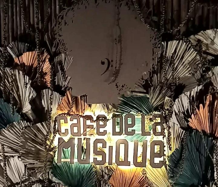 Cafe de La Musique Brasília anuncia primeira edição à beira lago do Brazilian Paradise